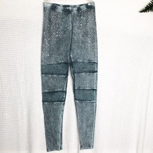 Vocal Acid Wash Studded Leggings     C143